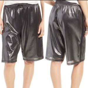 NWT IVY PARK silver mesh shorts black basketball M